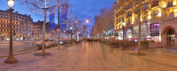 Champs_Elysees_Paris_Wikimedia_Commons